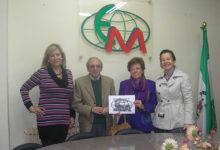 Photo of La Asociación de Empresarios hace entrega del premio de la «VIII Campaña de Navidad» a José Morillas