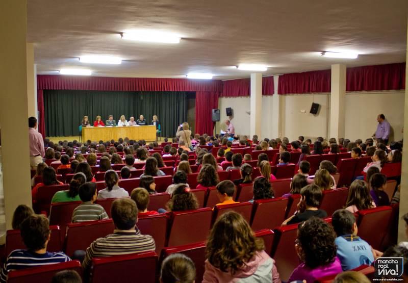 """Entrega de diplomas de las """"X Jornadas de Educación Vial"""""""