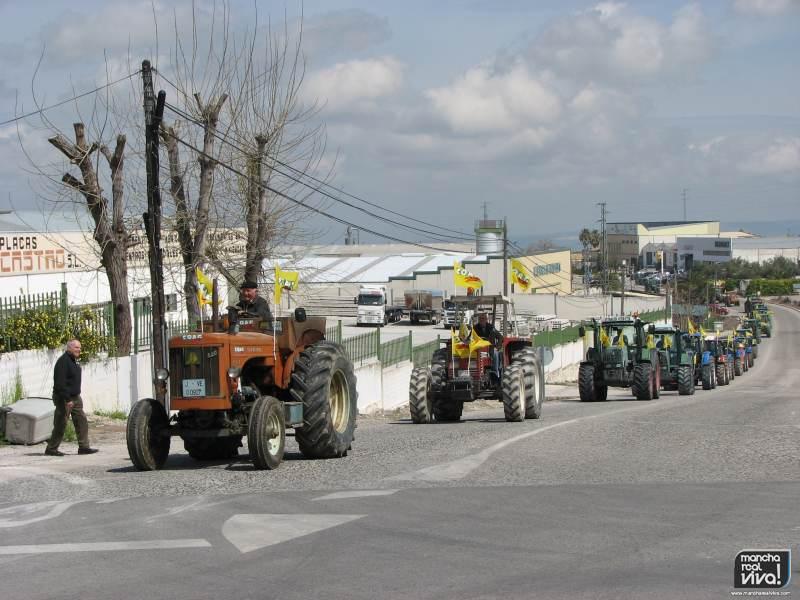 Tractorada convocada por COAG