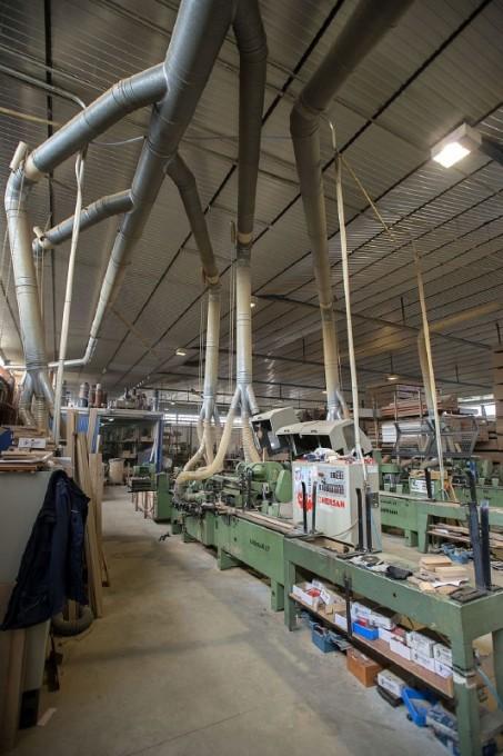 Empresa de fabricación de muebles en el polígono de Mancha Real, en Jaén - Foto: El País