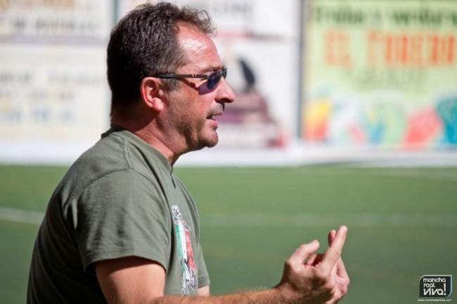 Fernando Campos, entrenador del At. Mancha Real