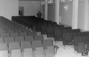 Salon de conferencias y proyecciones
