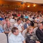 El Concejal de Deportes, Juan Valenzuela, entre el público asistente