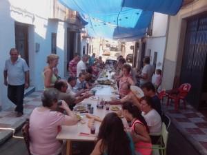 Los vecinos de la calle Sancho celebran la festividad