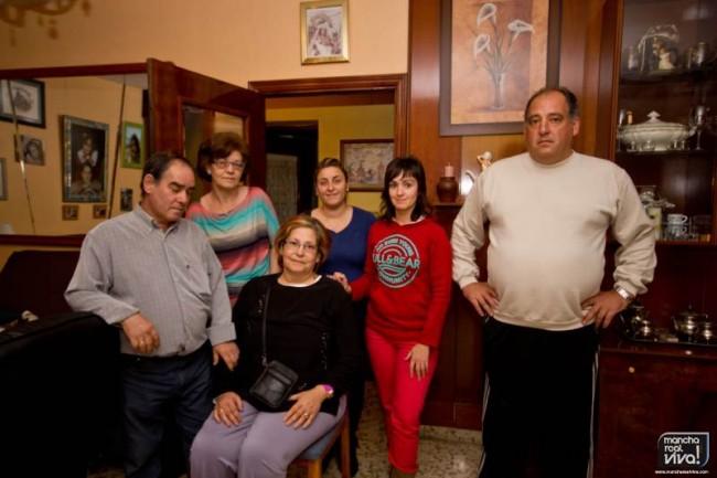 Familiares y amigas de Puri