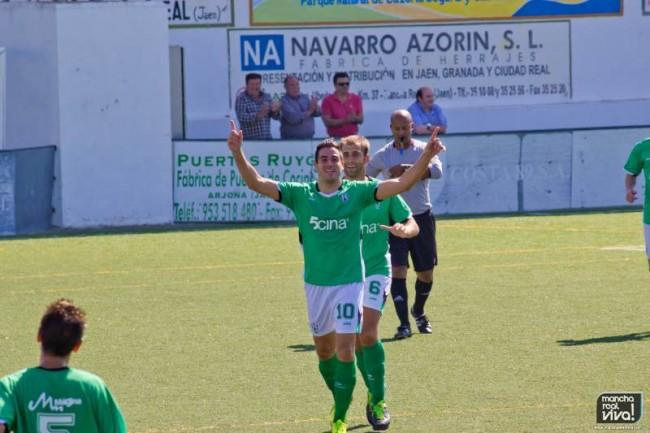 Miguel Pérez marcó dos goles