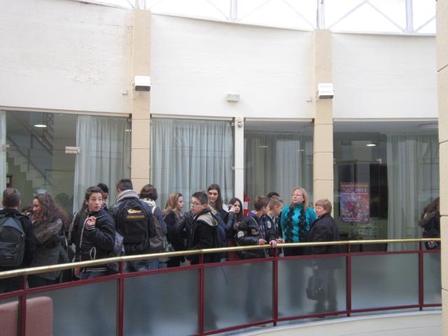 El grupo de franceses en el Ayuntamiento