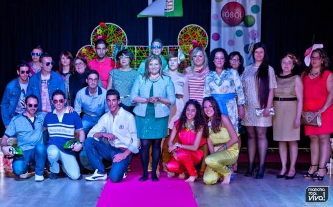 Los participantes adultos de Toni Chica
