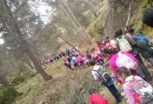 Photo of Más de cien jóvenes disfrutan de la «XIII Jornada de Senderismo de Mancha Real»