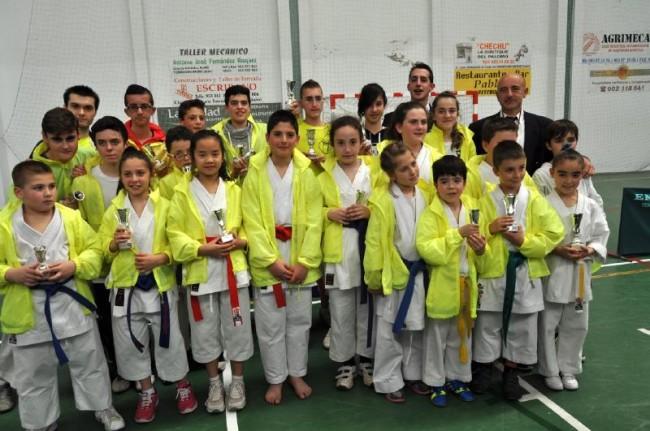 Los alumnos del Gimnasio Okinawa en el Campeonato de Torredonjimeno