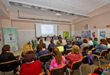 Photo of La diputada Adoración Quesada participa en una reunión de trabajo en el CSSC de Mancha Real