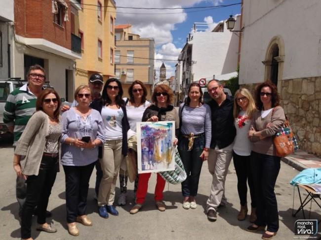 Los alumnos pintaron la torre de la Iglesia en el barrio de San Marcos