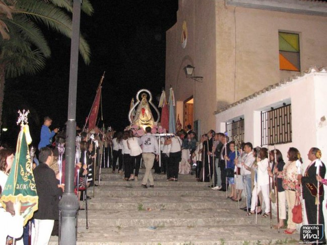 La Virgen de la Cabeza entrando en su templo