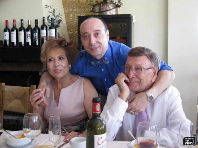 Jualian, Cati y Andres