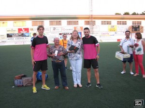 Nando y Bolaños junto a la Alcaldesa Micaela Martínez y al Concejal de Deportes Juan Valenzuela
