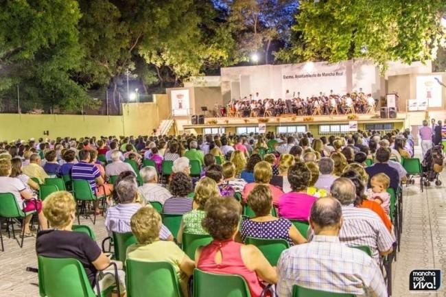 Gran asistencia en el último evento cultural del verano 2014. Certamen de Bandas 2014