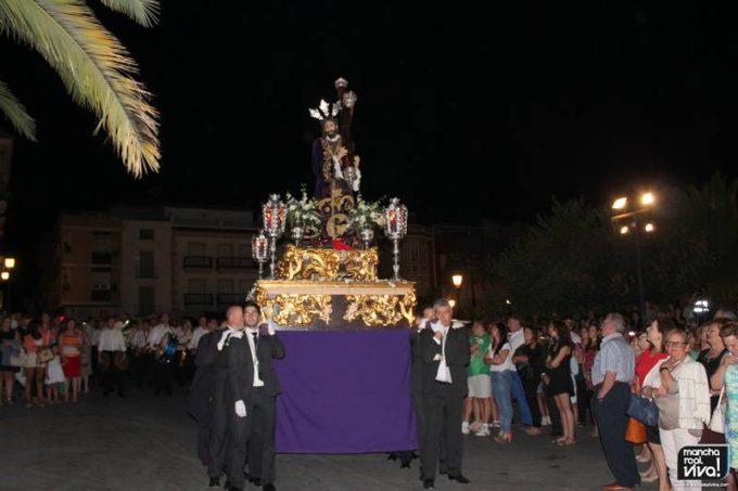 La procesión puso el broche a la Fiesta de Estatutos 2014
