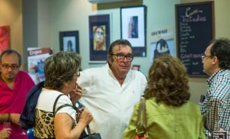 El pintor José Boyano continúa las exposiciones de la Cafetería Orfeo