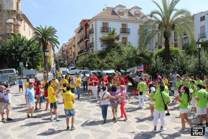 Baile y música en la Plaza de la Constitución