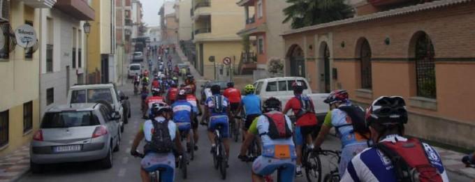 Las calles de la localidad se llenaron de ciclistas