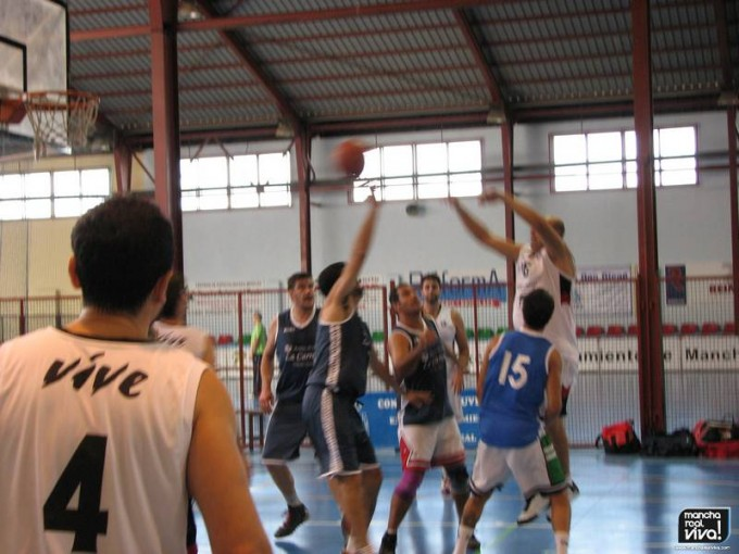 El Club Baloncesto Vive en uno de sus partidos