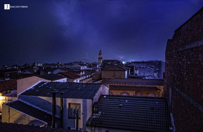 Fotografía de la tormenta eléctrica en la hora de mayor actividad de rayos