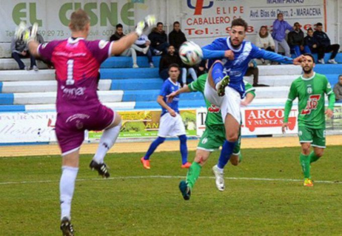 Jugada del gol local (foto: Lázaro granadaenjuego.com)