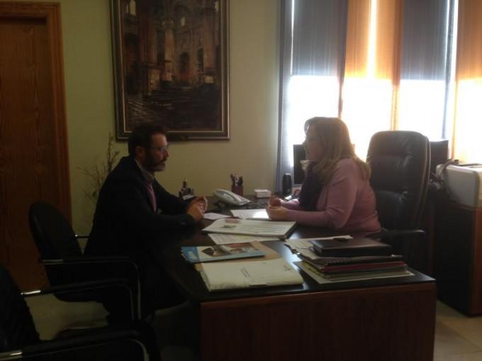 El Delegado de Fomento en la reunión con la Alcaldesa