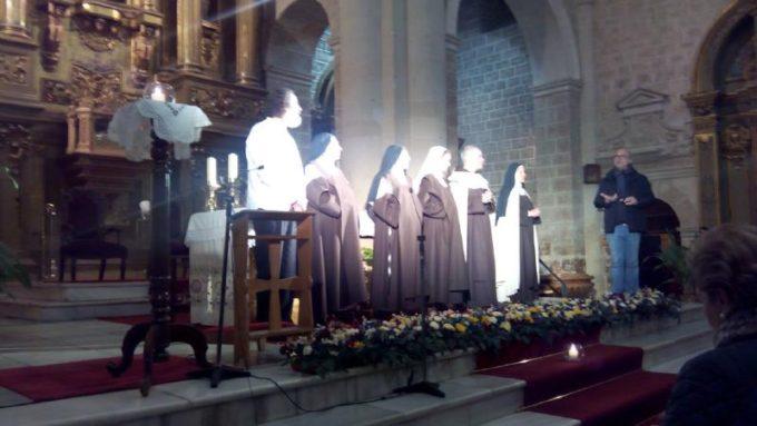 Teatro en la Iglesia San Juan Evangelista