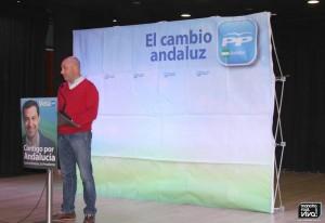 Presentó el acto Tomás Paez