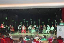 Photo of Los alumnos de canto de «Manuel Rosa» cierran los actos del Día de Andalucía 2015