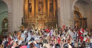 Foto de grupo en el Altar Mayor