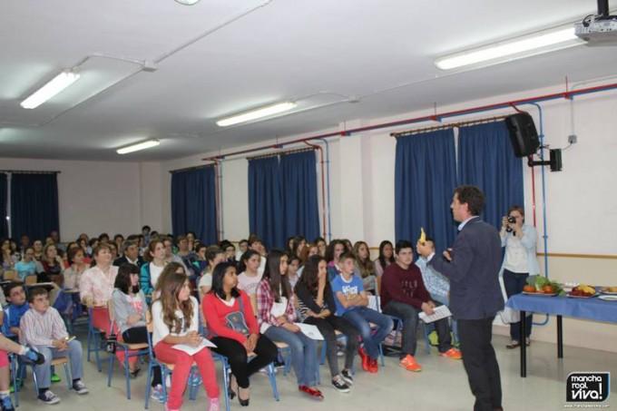 Javier García durante su charla