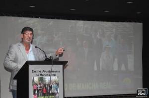 Diego Valderas se dirige a los asistentes