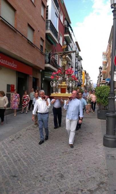 Traslado del Cristo de la Yedra hasta la Parroquia de San Juan Evangelista. Foto: Jacinto Ángeles