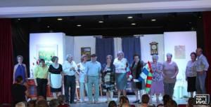 Grupo de Teatro Júbilo al final de la comedia