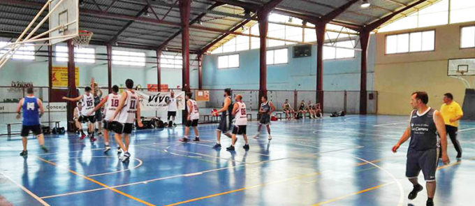 Torneo 12 horas de basket durante un partido