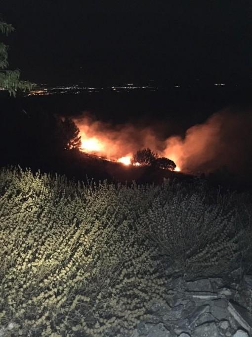Incendio Serrezuela. Foto: Policía Local
