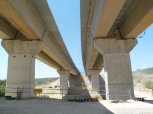 Viaducto sobre el río Torres