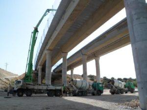 Obras en el viaducto sobre el Guadalquivir