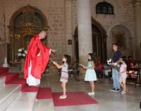 Comienza el curso escolar con una misa con todos los centros locales