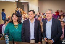 Photo of Juan Manuel Moreno visita Mancha Real en un encuentro con los agricultores