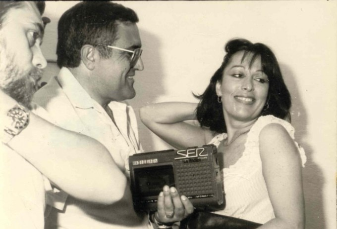 Con su magnetofón en el año 1983 en una entrevista a Massiel