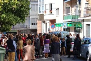 Concentración a las puertas del Ayuntamiento por los atentados de Paris