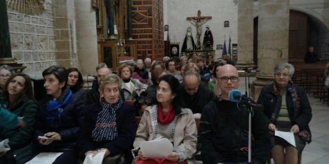 """""""Radio María"""" retransmite el rezo del Rosario desde la Iglesia de San Juan Evangelista"""