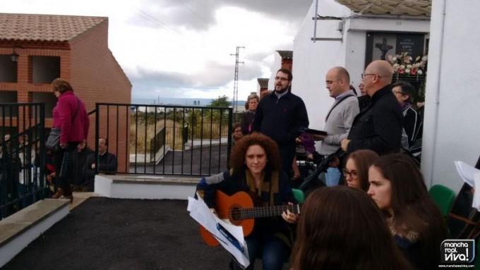 Momento en el que el coro cantaba una canción