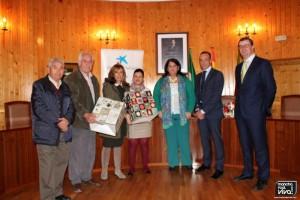 Foto con la Alcaldesa y con la Concejala
