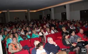 El público aplaudió las actuaciones