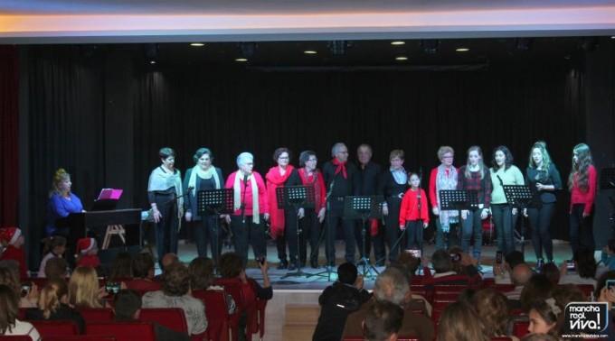 Alumnos de Canto durante su actuación