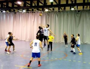 C.B. Vive Mancha Real disputando el partido